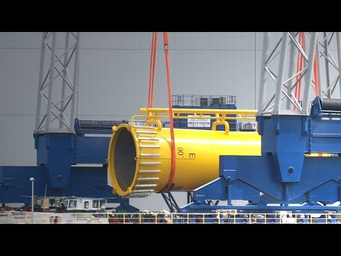 Crane Heavy Lift 1,400 Tons ST³ Offshore Wind Plant Farm Race Bank Van Haagen Kraan