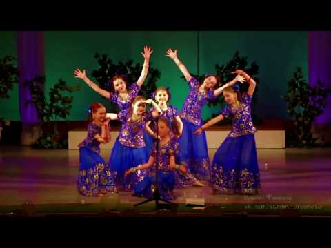 Indian group Champa ,Russia, Yoshkar-Ola  - Chale Jaise Hawaien(kids dance)