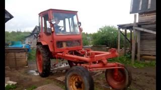 Трактор т-16 на ходу після невеликого ремонту