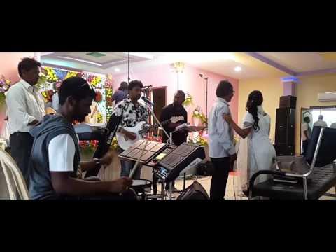 Nuthana parachumu deva by Giri vadhan live song