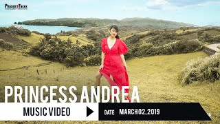 Andrea @ 18 | MV by Phases and Faces Digital Photography