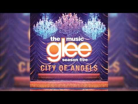 I Still Haven't Found What I'm Looking For | Glee [HD FULL STUDIO]