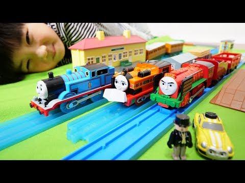 プラレール トーマス&ニア エースとGO!GO!アドベンチャーセットとプラレール ヨンバオ