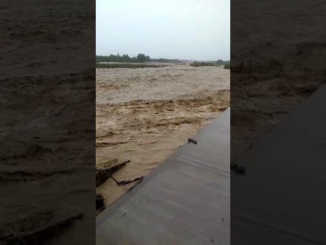 Vaqueros perdió su Costanera por la crecida del río