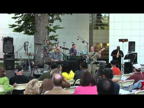 "The Peter Morgan Band - ""Looky Hear"" Live"