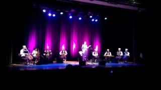 Lila Borsali chante en turc + Alger Alger