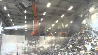 Capannone-Halle-Recycling.mp4