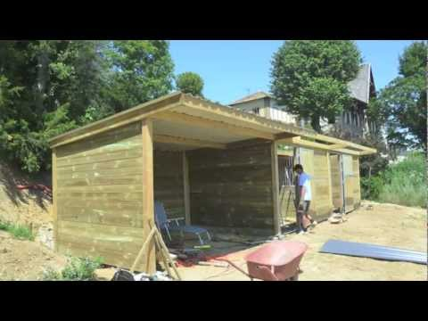 Building horse stables - time lapse