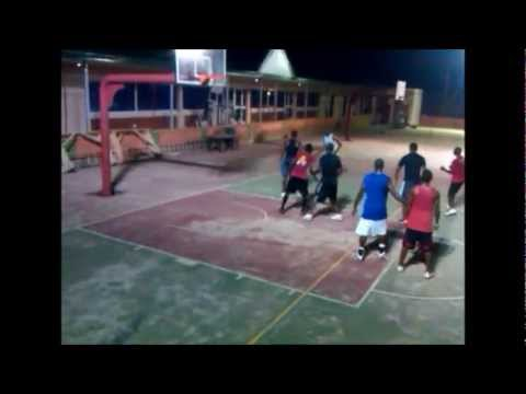 Pick-up basketball at Central Courts, Accra