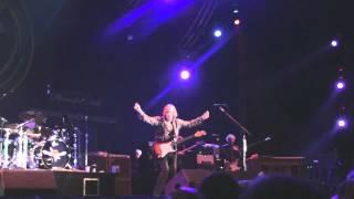 Play Carol (Live)