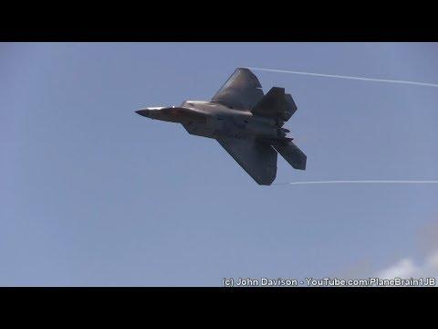 2017 Wings Over Wayne Airshow - F-22 Demo & USAF Heritage Flight