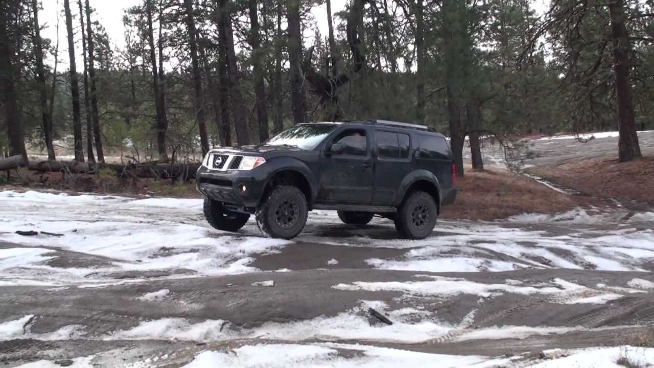 Lifted R51 Pathfinder Offroad - YouTube