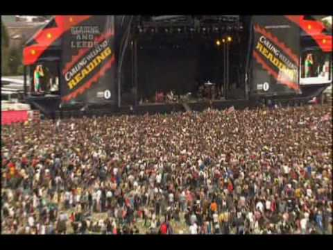 Yeah Yeah Yeahs - Reading Festival Part 2
