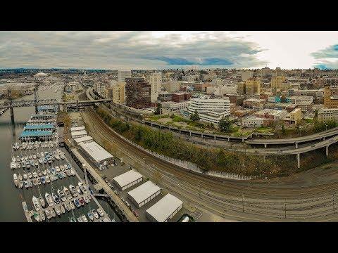 City of Tacoma / Highlights of surrounding Puget Sound - Washington - 4K