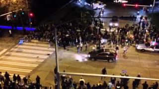 Video Polite Seattle crowd celebrates Seahawks Super Bowl win download MP3, 3GP, MP4, WEBM, AVI, FLV November 2017
