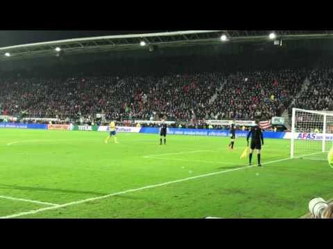 Tim Krul AZ stopt penalty Barto Cambuur
