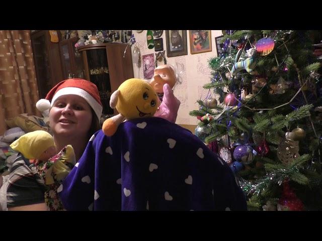 Изображение предпросмотра прочтения – НатальяПолухова читает произведение «Новогодняя сказка Репка (год Мыши)» (Разные писатели )