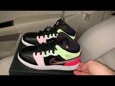 cliente primero colores delicados seleccione para oficial Air Jordan 1 Mid Glow in the Dark shoes - YouTube