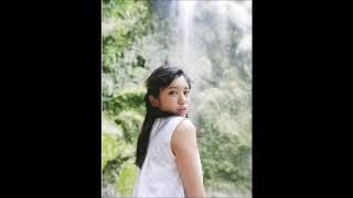 AKB48のチーム8/チーム4の大西桃香の1st写真集(タイトル未定・10月3日発売)の表紙画像が、解禁。 まぶしい光の中で白いレースの服をまとい、チ...