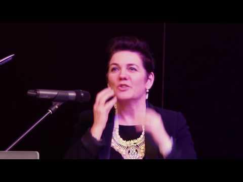 3 Wise Women - Julia Grant (3/4)