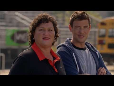Glee - Finn talks to Beiste and notices Ryder dancing 4x05
