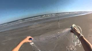How To Throw a Cast Net To Catch Bait In The Surf