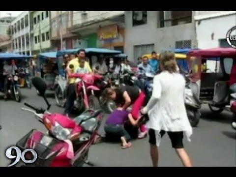 Iquitos: Mujeres se pelean en la calle por el amor de un notario