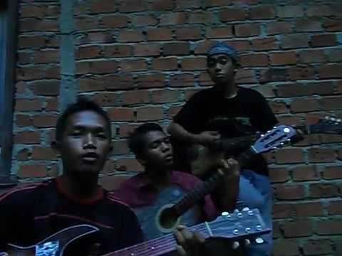 G.A.L.A.U Band - Menantimu (Rumahan Version)