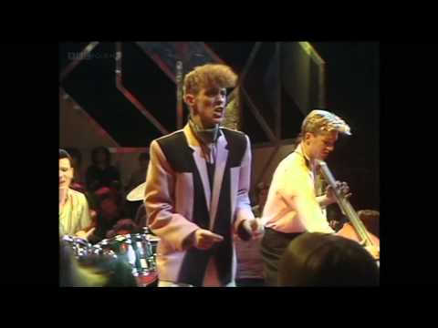 "Polecats ""John I'm Only Dancing"" (HD)"
