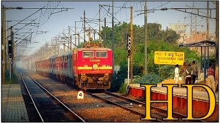 Video Late running Patna Delhi Sampoorna Kranti Express hauled by CNB WAP4 MPS run with tremendous honking download MP3, 3GP, MP4, WEBM, AVI, FLV Mei 2018