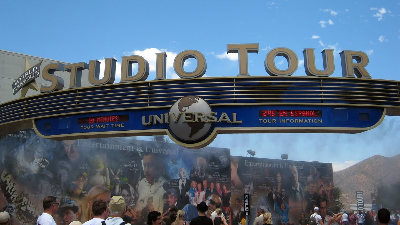 Universal Studios Hollywood - Studio Tour Tram Ride - YouTube