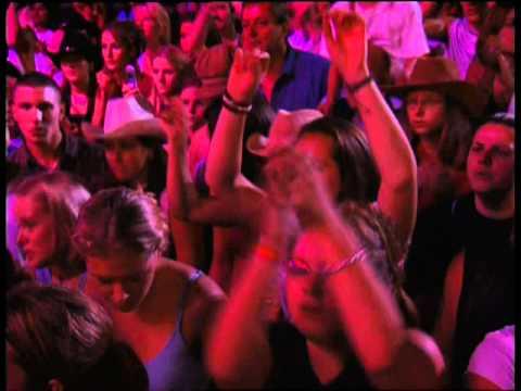 Shania Twain - Live in Chicago HD - In My Car (19)