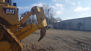 How to operate a Cat Bulldozer (Basics)