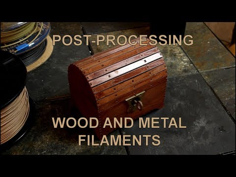 Simulating Wood and Metal with a 3D Printer