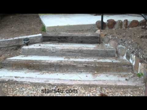 stairway-built-with-concrete-and-railroad-ties---landscaping-ideas
