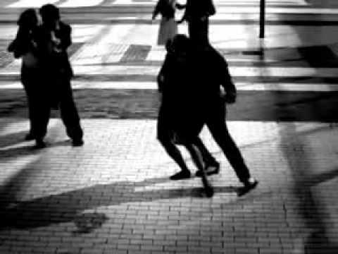 Tango El Choclo y la Cumparsita. - YouTube