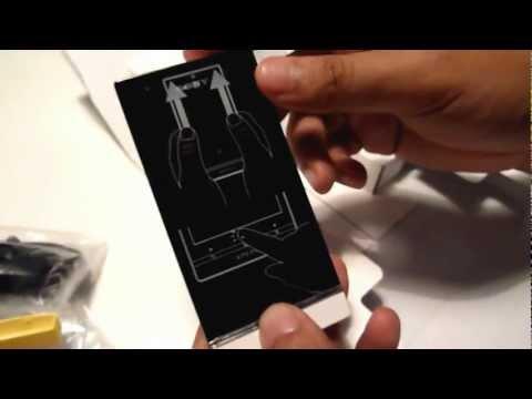 Unboxing: Sony Xperia U