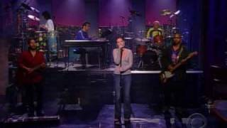 Dido - White flag (Letterman 2003)