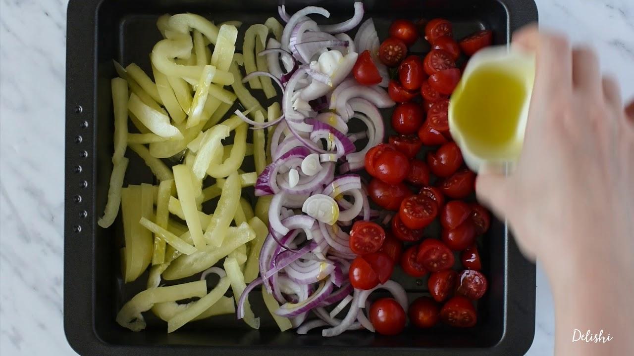 Pica iz sladkega krompirja s pestom in pečeno zelenjavo | Delishi