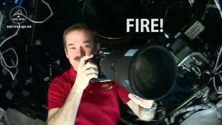 Скачать Фотографии Криса Хэдфилда из космоса