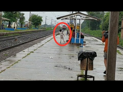 Very Innocent Girl Giving Hand To Stop The High Speed Train....