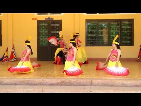 Dòng Máu Lạc Hồng -12A trường THPT Phú Xuân