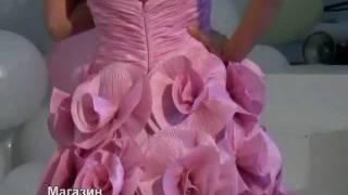 Сиреневое выпускное платье в виде цветов