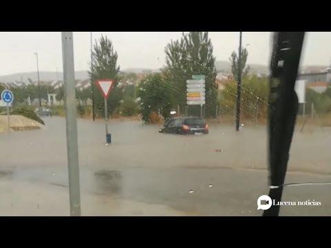 VÍDEO: La tormenta deja problemas para el tráfico y algunas inundaciones en viviendas y empresas