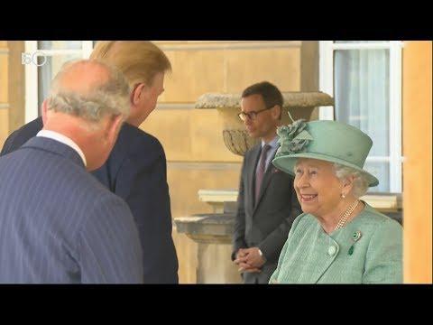 Елизавета II приняла Трампа в Букингемском дворце
