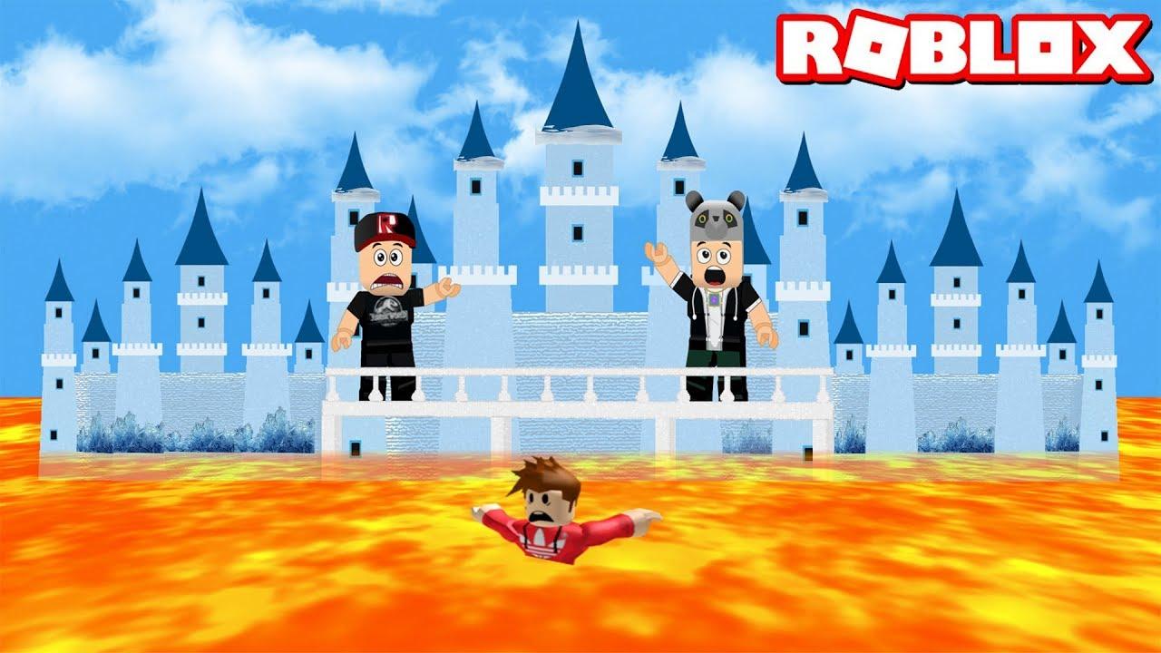 Buzlu Kaleye Çıkmazsan Lavlara Düşersin ve Kaybedersin! - Panda ile Roblox The Floor Is LAVA!