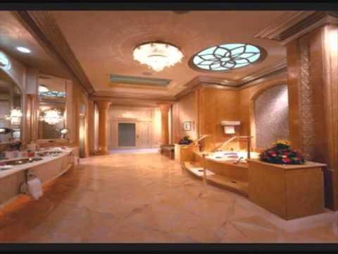 Maior casa do mundo youtube for Biggest home bathroom in the world