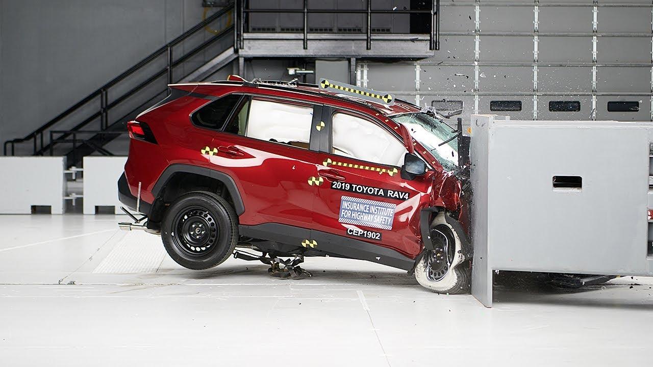 2019 Toyota Rav4 Penger Side Small Overlap Iihs Crash Test