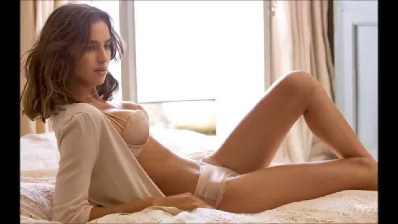 Floppy women tits