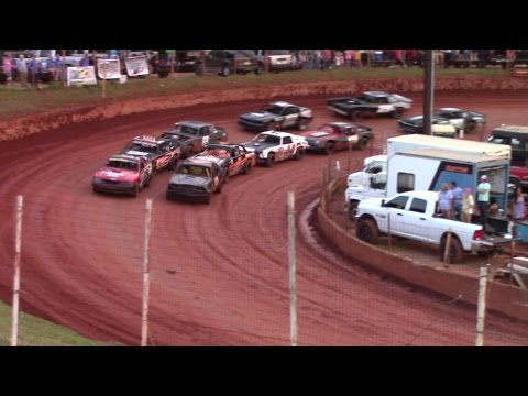 Winder Barrow Speedway Stock Eight Cylinders 5/28/16